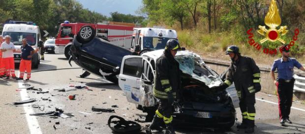 Calabria, giovane muore in un incidente stradale. (foto di repertorio)