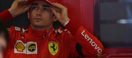 Charles Leclerc rinuncia alla vittoria per problemi tecnici