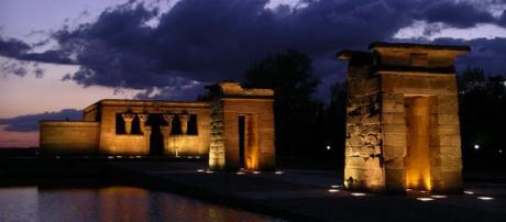 The Temple de Debod - Egyptian temple in Madrid, Spain. [Image Tempel/Wikimedia]