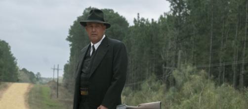 Kevin Costner é um dos protagonistas de 'Estrada sem Lei'. (Divulgação/Netflix)