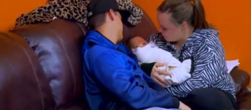 Pretty Little Mamas comes back as Teen Mom show. Angry fans react on Twitter - Image credit - MTV Preview / Twitter
