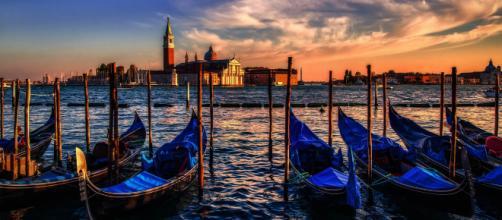 Venezia, la musa senza tempo in mostra alla Biennale - progressonline.it
