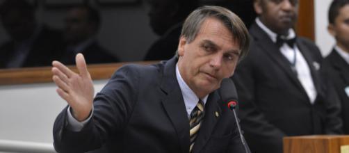 Bolsonaro vê equívocos em gastos ligados à educação - (Foto: Wilson Dias/Agência Brasil )