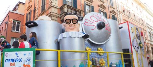 Bologna: bimbo di 2 anni cade da un carro di Carnevale ed è in gravissime condizioni.