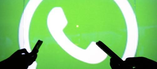 Criptomoedas desenvolvidas pelo WhatsApp vão facilitar transações financeiras dos usuários. (Foto: Acervo Blasting News)