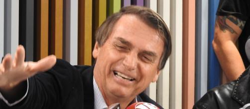 Jair Bolsonaro pretende investigar os recursos para a educação (foto: Divulgação/ Jovem Pan)