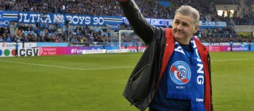 """LE 7H50 de Pierre Ménès : """"J'ai marqué mon plus beau but devant 15 ... - objectifgard.com"""