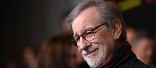 Steven Spielberg procura aliados para a sua guerra contra a Netflix (Imagem Banco de dados Blasting News)