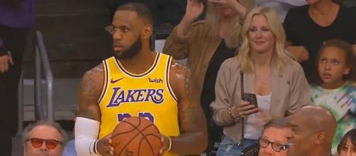 The Lakers are having a disastrous season despite having LeBron James on their team. [Image Credit] CliveNBAParody - YouTube