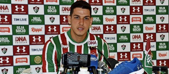 Apresentado no Fluminense, Nino revela quase ter desistido da carreira