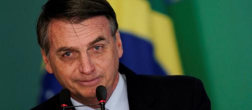 Bolsonaro posta vídeo de pornografia gay no Twitter e choca (Foto: Reprodução)