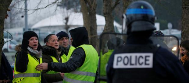 Gilets jaunes : l'usages excessif de la force et violences inquiète l'ONU