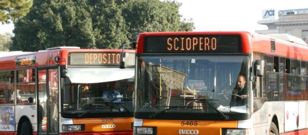 Sciopero mezzi pubblici 8 marzo: previsti disagi in varie città come Roma, Milano e Torino