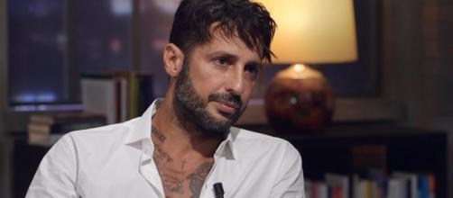 Fabrizio Corona: 'Mi scuso con Fogli, Belen mi ha attaccato, la Marcuzzi deve schierarsi'.