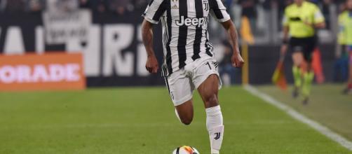 La Juve prova a recuperare Douglas Costa contro l'Atletico