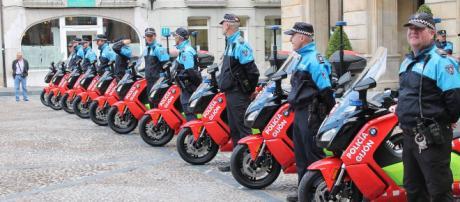 La Policía de Gijón adquiere 10 scooter eléctricos BMW C evolution ... - motorbikemag.es