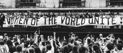 El origen de los símbolos feministas