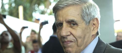 General Augusto Heleno comenta declaração polêmica de Bolsonaro - (Foto: Antonio Cruz/Agência Brasil)