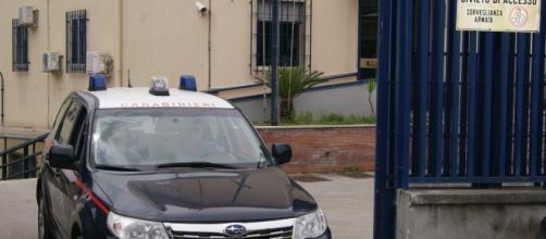 Bagheria, spiava le vittime su Facebook e organizzava furti: 8 arresti