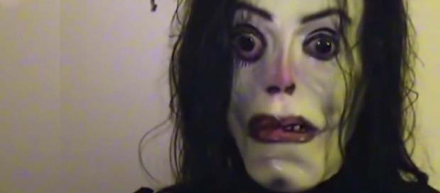 Police in Mexico warned the public about a scary meme featuring Michael Jackson. [Image JLD MAG MUSIC/YouTube]