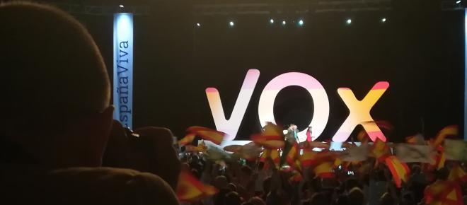 El líder de Vox en Lleida pagaba a sus víctimas