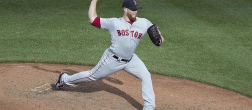 Craig Kimbrel has 333 career saves which is the most among an active pitcher in the major leagues. [image source: Keith Allison- Flickr]