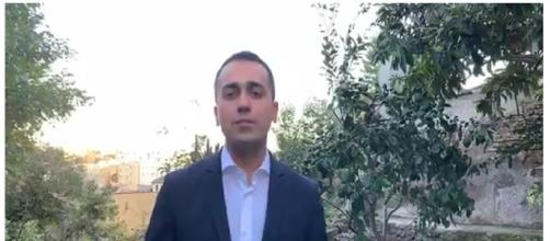 Luigi Di Maio durante la diretta Facebook - m5stelle.com.