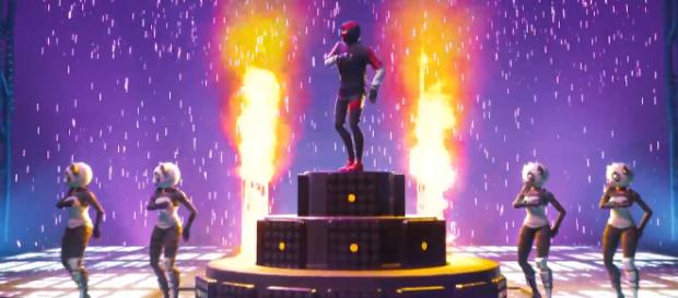 Fortnite and Samsung delays the release of iKONIK skin. [image credits: Samsung US/YouTube screenshot]