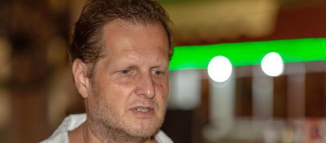 Jens Büchner: Der Hate nagte an ihm + Goodbye Deutschland: Abschied mit Stil