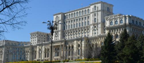 Come visitare il Palazzo del Parlamento di Bucarest - fanpage.it