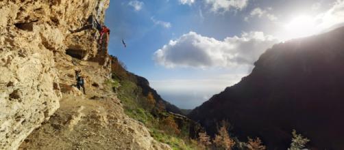 Le fantastiche falesie dell'Orrido di Pino a San Lazzaro di Agerola