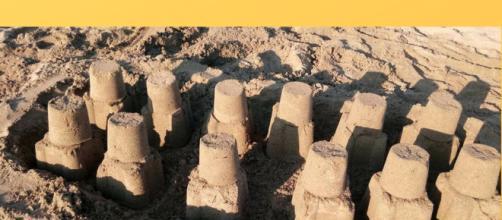 Cover romanzo Castelli di sabbia.