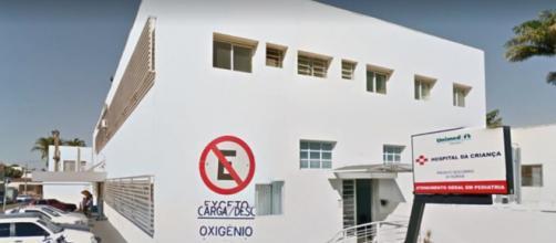Pai é suspeito de agredir o filho dentro de casa alegando não aceitar homossexual em sua casa. (Reprodução/Google Street View)