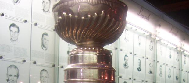 An image of the Stanley Cup. [image source: Author unknown- Wikimedia Commons]