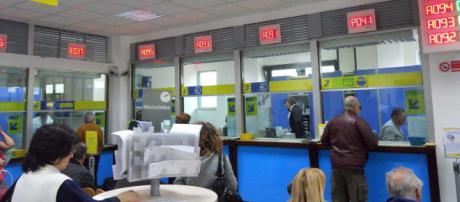 Offerte di lavoro Poste Italiane, impiegati a tempo indeterminato negli Uffici Postali