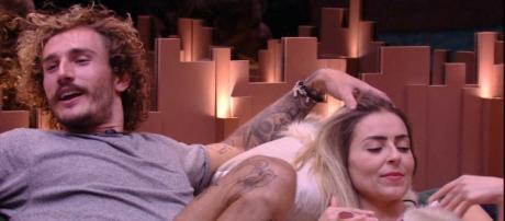 Paula alfineta Alan após indicação para o paredão. (Reprodução/ TV Globo)