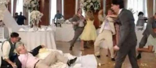 Ad Ancona, matrimonio finisce in rissa