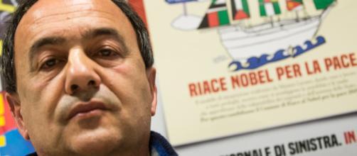Mimmo Lucano rinviato a giudizio per la questione migranti