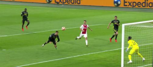 Cristiano Ronaldo a segno ad Amsterdam
