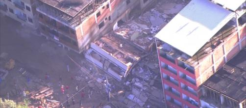 Desabamento ocorreu por volta das sete da manhã. (Reprodução TV Globo).