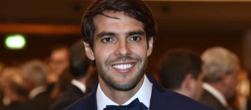 Kaká ganhou a Bola de Ouro da FIFA no ano de 2008. (Arquivo Blasting News)