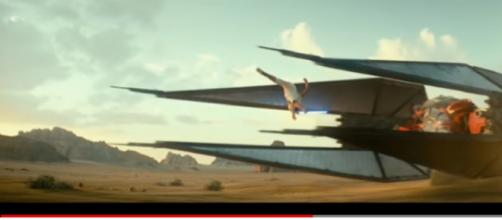 Star Wars: The Rise of Skywalker Teaser Trailer #1 (2019). [Image source/ Movieclips Trailers YouTube video]