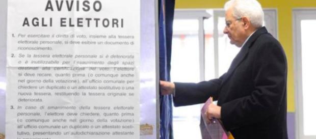 Il Presidente Mattarella al seggio elettorale