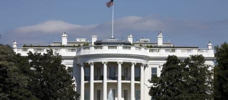White House under lockdown after man set himself on fire - Image credit - Skeeze | Pixabay