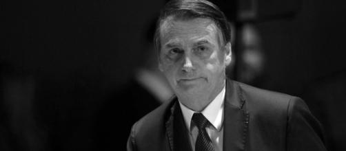 Bolsonaro assina decreto que extingue CONADE que cuida das pessoas com deficiência. (Aquivo/Blasting News)