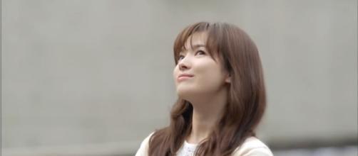 Song Hye Kyo - Song Joong Ki divorce rumors. Image credit:Anna Col/YouTube screenshot