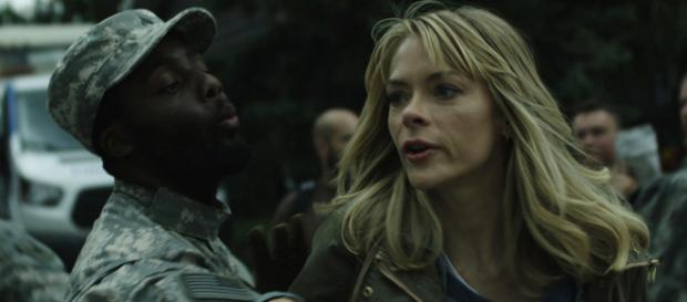 A atriz Jaime King é uma das protagonistas da série 'Black Summer'. (Divulgação/Netflix)
