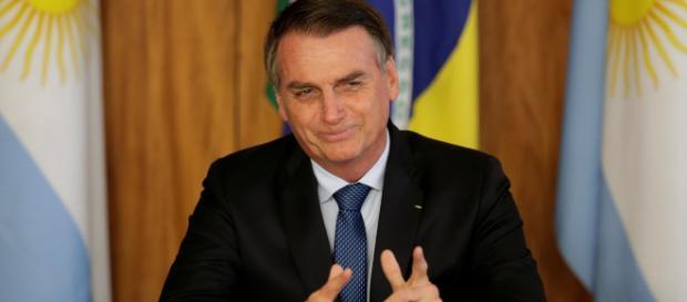 Presidente Jair Bolsonaro utilizou o Twitter para confirmar a convocação de 1.000 policiais federais. (Arquivo Blasting News)