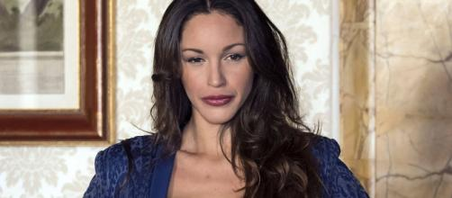Delia Duran, attuale fidanzata di Alex Belli si scaglia contro Mila Suarez al Gf