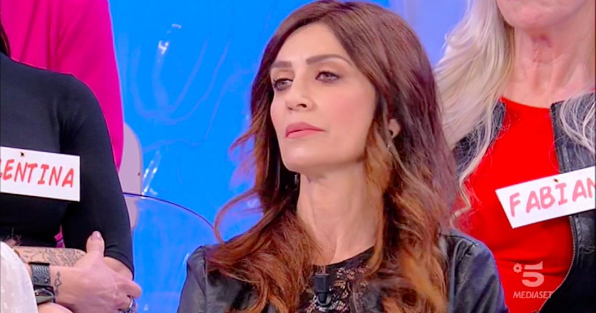 Diretta Uomini e Donne: Barbara De Santi ha iniziato la conoscenza ...
